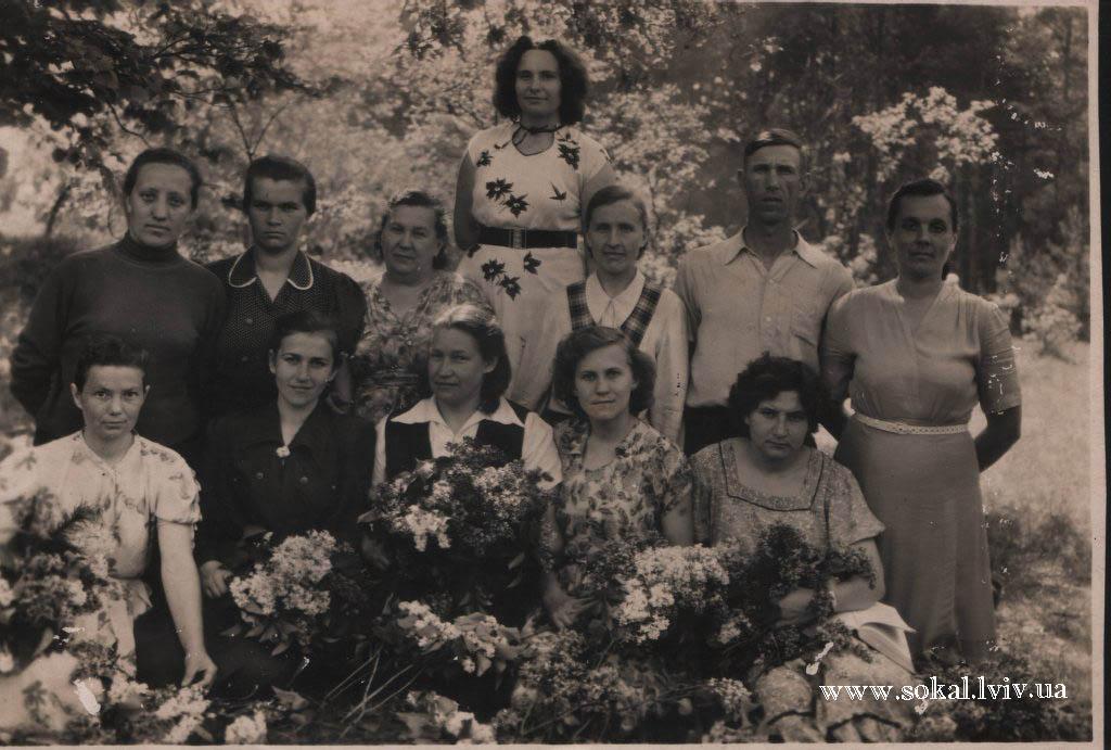 c.Двірці, Колектив вчителів 1957/58 н.р.