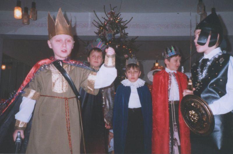 м.Сокаль, І.Сумбаєв у виставіРіздвяний  вертеп в БУТ