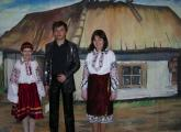Юні співаки К. Косецька, П. Осос та М. Писарук