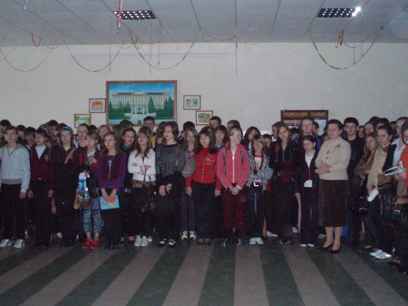 м.Сокаль, освітаУчні вірять Ірині!(фото з лінійки)