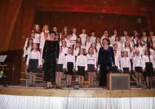 виступ хору старших класів