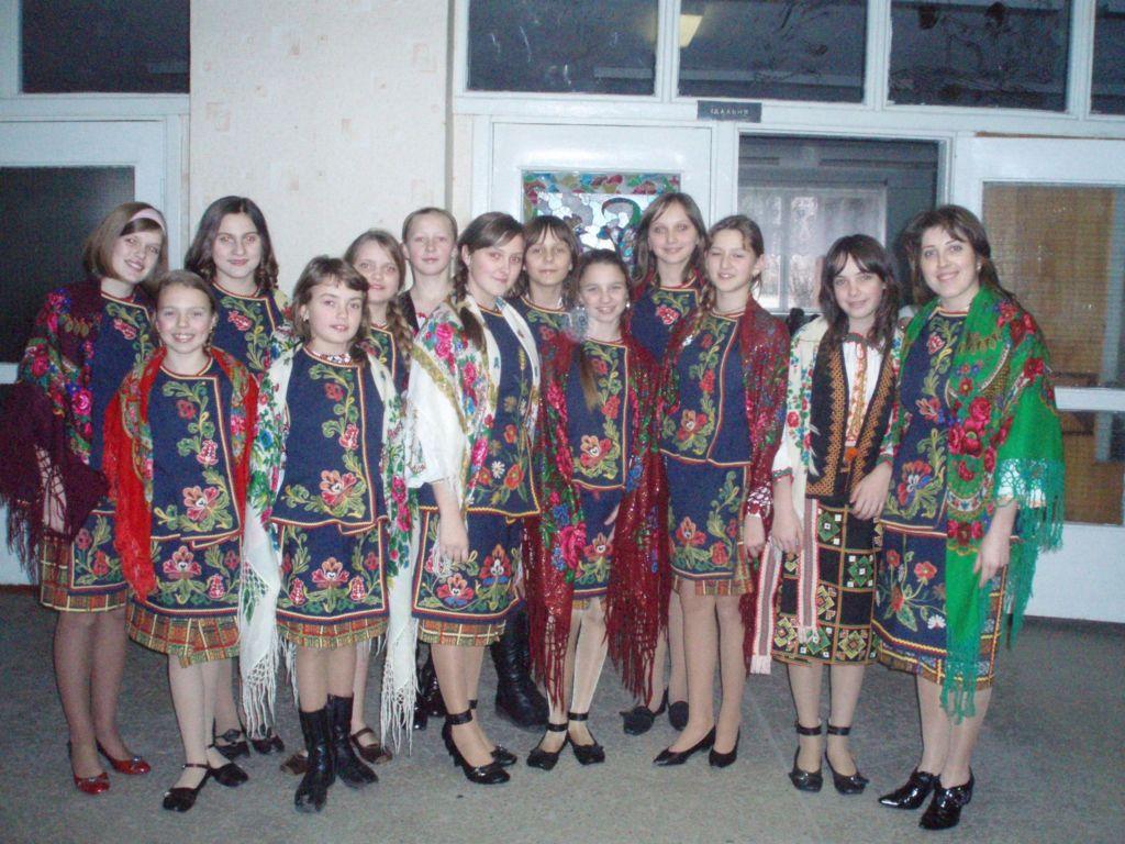 освітаАнсамбль дівчат під керівництвом Г.М.Антонюк стали переможцями конкурсу