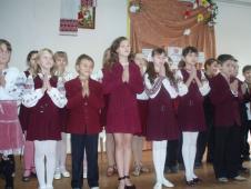 Під час свята були задіяні усі учні класу. Спільна молитва за рідну мову