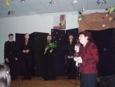 Усі були зачаровані подіями на сцені. І усіх мучило запитання: що заставило таких талановитих юнаків одягти чорну рясу?