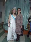 Міс Сокальської гімназії у2009році стала Олена Ранця, учениця 6-б класу. Своєю перемогою, каже вона, що завдячує мамі. Фото на згадку